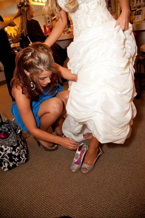 lds-MOH-Shoe-bride
