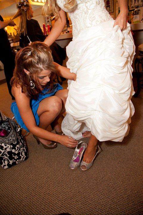 lds-MOH-Shoe-bride