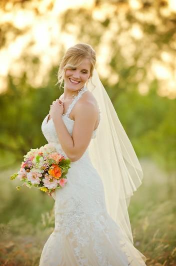 Lauren's Bridals | Fairway Oaks Country Club | {Two Birds One Stone}